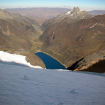 Laguna Rajucolta desde la pared noroeste del Huantsán