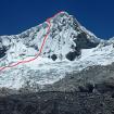 Nevado Pisco con la ruta en la pared sur. Foto: Eric Albino Lliuya