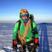 Eloy en la cumbre del Huascarán. Ha subido 38 veces pero le atrae más la dificultad