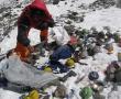Los escaladores del Everest deberán bajar basura
